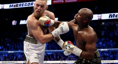 http _hypebeast.com_image_2017_08_mayweather-mcgregor-fight-live-0000-1
