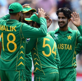 Hasan-Ali-170614-Celebrations-G-300