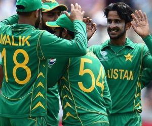 Hasan-Ali-170614-Celebrations-G-300