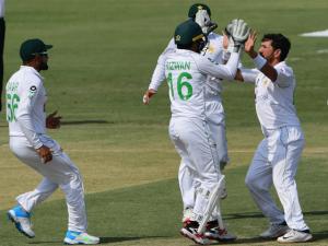 Pak Team Celebrating Victory Against SA